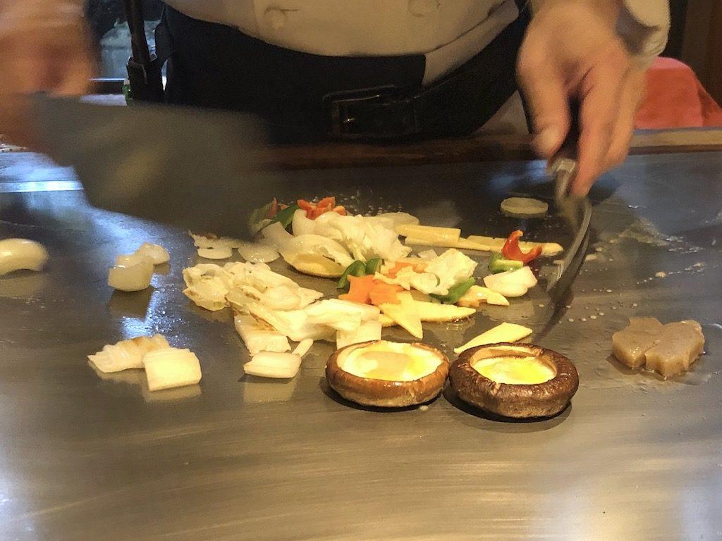 国産牛フィレランチ 野菜のソテー 調理